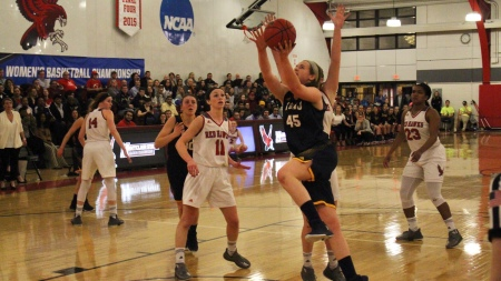 Shannon Devitt (Photo by TCNJ Sports Information Department)
