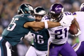 Jerick McKinnon is seen here running the ball with the Minnesota Vikings against the Philadelphia Eagles (Getty Images)