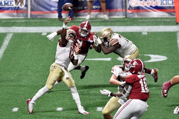Deondre Francois is seen here attempting a pass against the Alabama Crimson Tide (Getty Images)