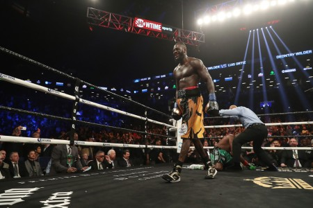 Boxer Deontay Wilder knocks out Luis Ortiz