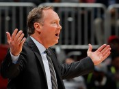 Mike Budenholzer is seen here as the Atlanta Hawks head coach (Getty Images)