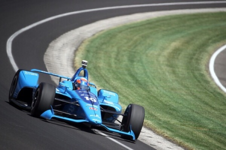 Ed Jones driving in the Indianapolis 500 (Getty Images)