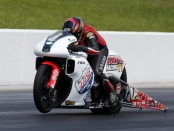 Hector Arana Jr. is the provisional No. 1 qualifier on Friday at the Virginia NHRA Nationals