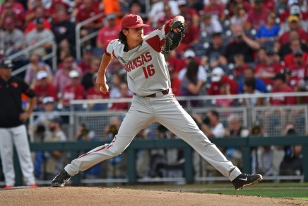Arkansas uses four-run fifth to defeat Oregon State in CWS Game 1