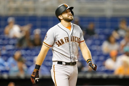 Giants third baseman Longoria expected to be out awhile