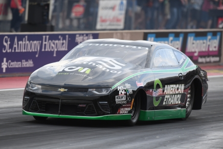 Kramer gets No. 1 Pro Stock qualifier at his home track
