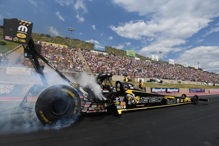 Leah Pritchett racing on the mountain at Bandimere Speedway (Photo by the NHRA)