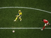 Emil Forsberg scores the game-winner against Switzerland (Getty Images)