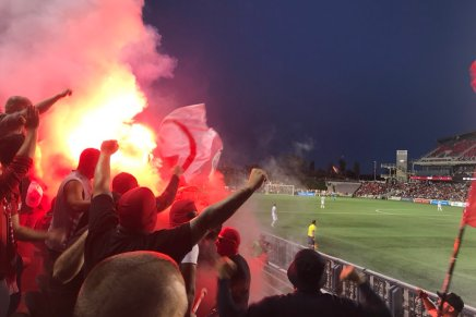 Fan's cause fire at Toronto FC's opponentstadium