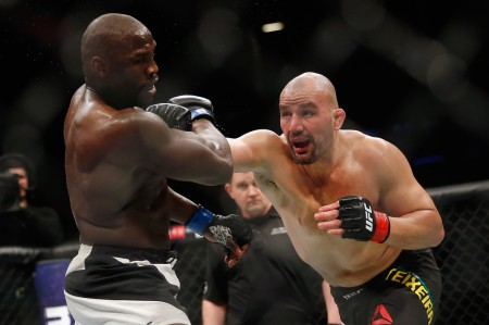 Glover Teixeira throwing a punch against Jared Cannonier in February 2017 (Getty Images)
