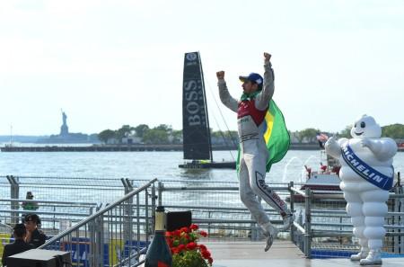 Lucas di Grassi celebrates his win in Brooklyn (Getty Images)