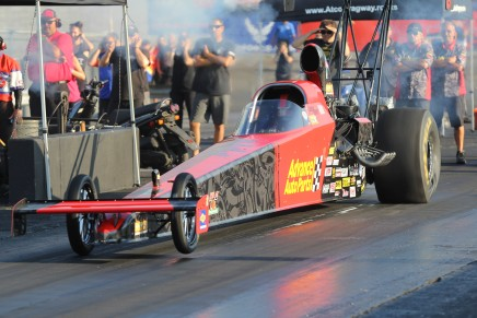 Hart advances to his third straight final round at Atco Dragway
