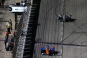 IndyCar driver Scott Dixon takes the checkered flag in Texas