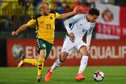 United acquires defenderAndriuškevičius
