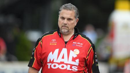 Jim Oberhofer, the Mac Tools Top Fuel Dragster crew chief, left Kalitta Motorsports