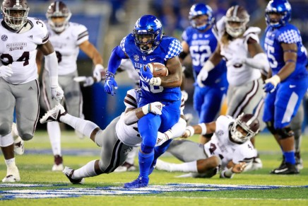 Kentucky upsets No. 13 MississippiState