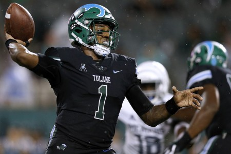 Tulane Green Wave quarterback Jonathan Banks throws the ball in the first half against the Memphis Tigers