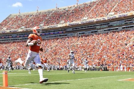Clemson Tigers quarterback Kelly Bryant scoring a touchdown in the season-opener against Furman