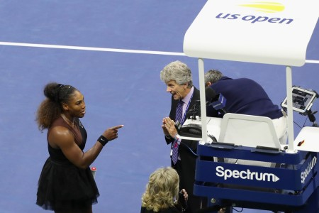 Serena Williams argues with U.S. Open official Brian Earley during the Women's Singles final