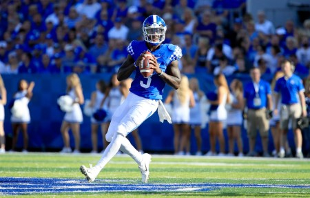 Kentucky Wildcats quarterback Terry Wilson Jr. throws a pass against the Central Michigan Chippewas