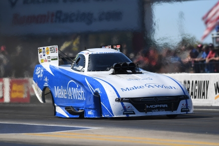 Johnson Jr. claims second straight No. 1 qualifier on Saturday at zMAX