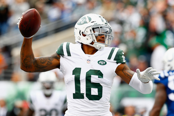 New York Jets wise receiver Terrelle Pryor celebrates his touchdown against the Indianapolis Colts