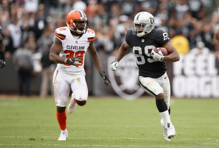 Oakland Raiders wide receiver Amari Cooper playing against the Cleveland Browns
