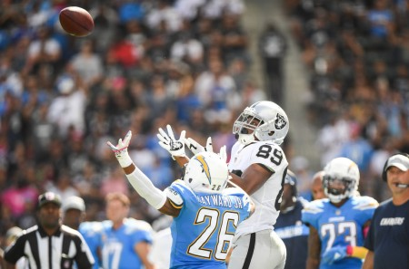 Oakland Raiders wide receiver Amari Cooper makes a catch against the Los Angeles Chargers