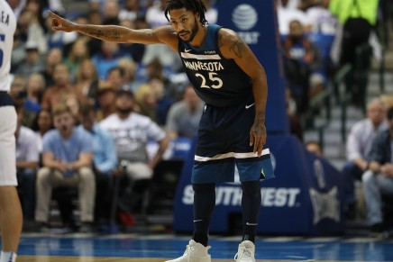 Rose scores career-high in Wolves win