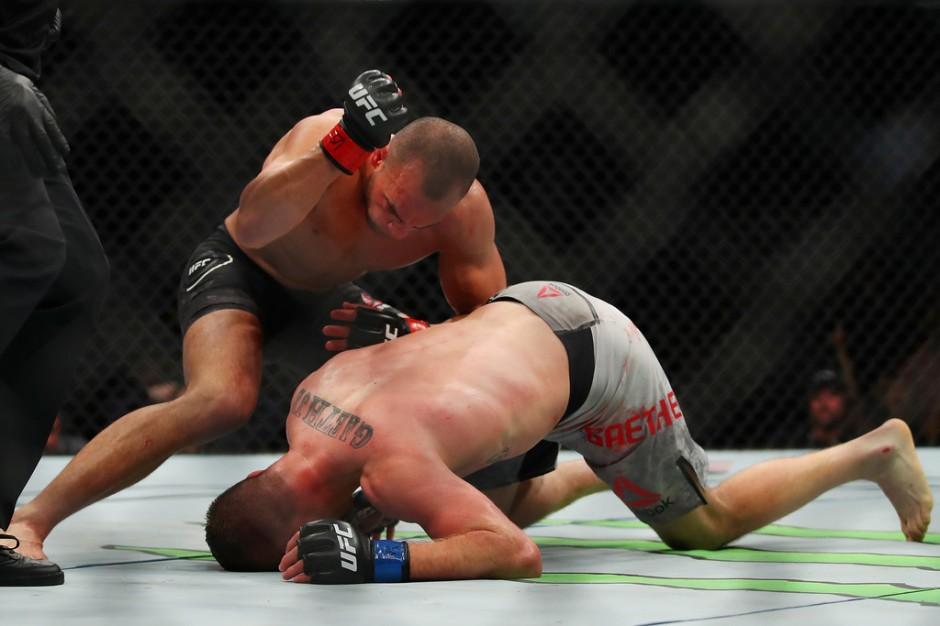 MMA fighter Eddie Alvarez getting ready to hit Justin Gaethje