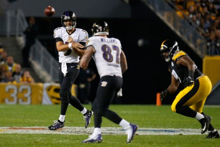 Flacco throws 2 TD's in Ravens win over Steelers