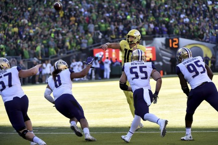 Ducks QB Herbert in concussion protocol