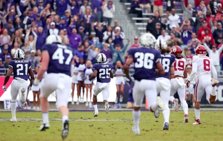 TCU Horned Frogs wide receiver/kick returner KaVontae Turpin KaVontae Turpin returns a kickoff for a touchdown against the Oklahoma Sooners