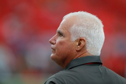 Bucs fire defensive coordinator Mike Smith