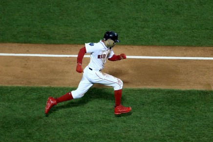 Red Sox take Game 1 over Dodgers after late HR