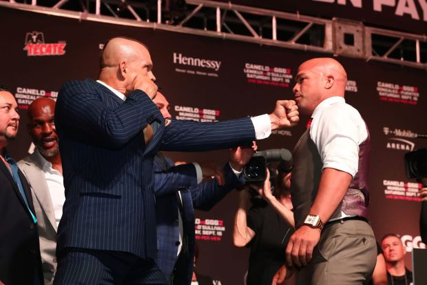 MMA fighters Tito Ortiz and Chuck Liddell during pre-fight media responsibilities