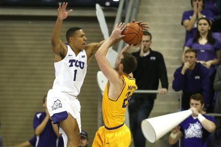 Lipscomb upsets No. 18 TCU Horned Frogs