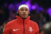 Disgruntled Houston Rockets forward Carmelo Anthony warms up against the Los Angeles Lakers