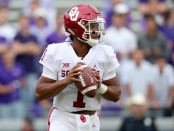 Oklahoma Sooners quarterback Kyler Murray drops back for a pass against the TCU Horned Frogs