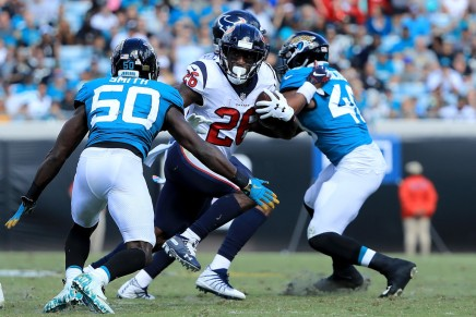 Texans defeat Titans, 34-17, on Monday Night Football