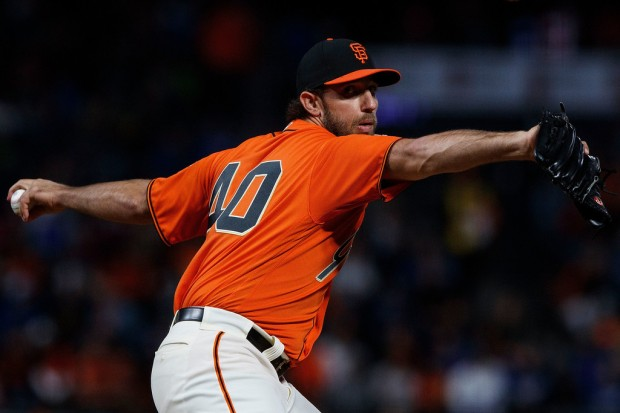 San Francisco Giants pitcher Madison Bumgarner pitching against the Los Angeles Dodgers