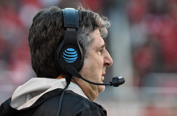 Washington State Cougars head coach Mike Leach looks on from the sidelines against the Utah Utes