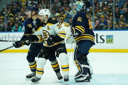 Bruins' Bergeron out at least a month
