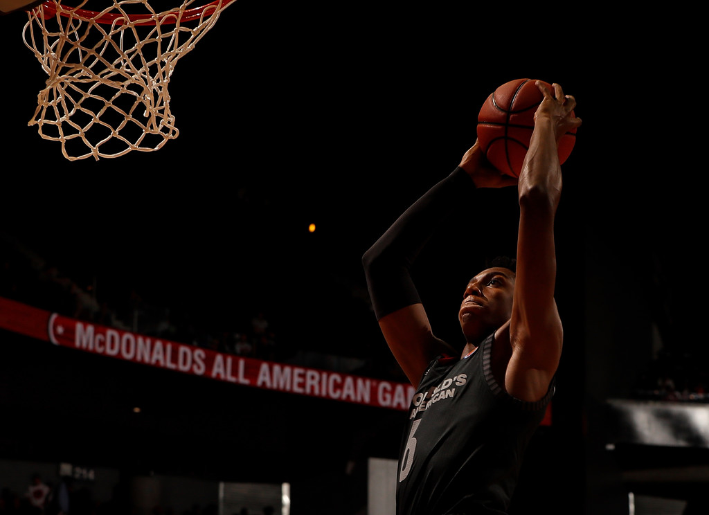 Montverde Academy player -- and Duke Blue Devils recruit -- R.J. Barrett getting ready to dunk the ball in the 2018 McDonald's All-American Game