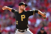 Former Pittsburgh Pirates pitcher Tanner Anderson pitching against the Cincinnati Reds