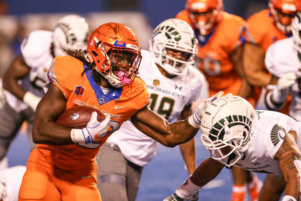 Boise State Broncos running back Alexander Mattison rushing the ball against the Colorado State Rams
