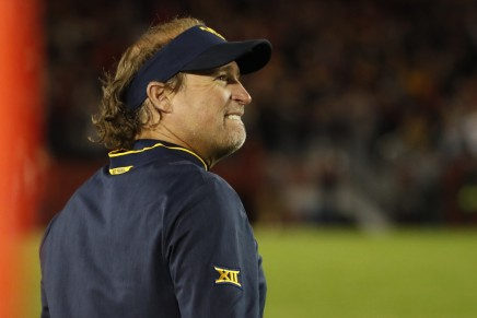 Cougars to target Mountaineers' Holgorsen if they fireApplewhite