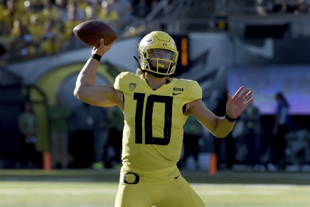 Ducks' Herbert announces return in 2019