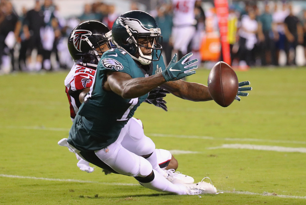 Philadelphia Eagles wide receiver Mike Wallace attempts to make a reception against the Atlanta Falcons