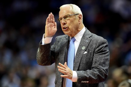 Tar Heels ink 68-year-old Williams to new deal